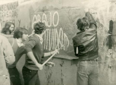 Los estudiantes y la larga travesía: de la postguerra al final de la transición