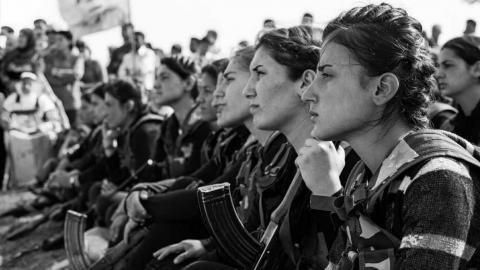 La Jineology y la mujer kurda en tiempos de lucha