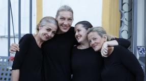 El teatro, un hogar para mujeres sin techo