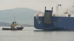 El Bahri Hofuf cargará diez contenedores de balas y granadas en el Puerto
