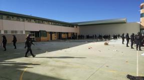 La policía antidisturbios apalea a los prisioneros en la cárcel CIE de Archidona