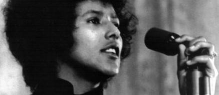 Entrevista a Elaine Brown, ex- dirigente del Black Panther Party (Panteras Negras)